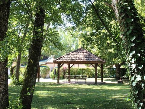Camping Le Colombier - Camping Ain - Image N°3