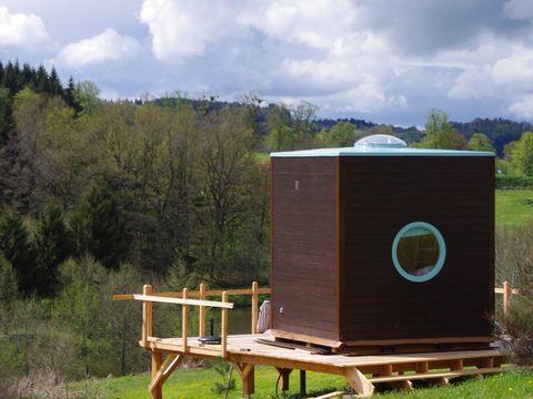 Domaine Les Roulottes et Cabanes du Livradois - Camping Puy-de-Dome - Image N°6