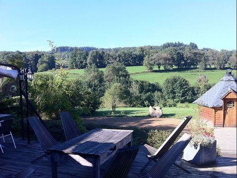 Domaine Les Roulottes et Cabanes du Livradois - Camping Puy-de-Dome - Image N°14