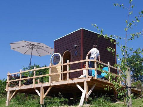 Domaine Les Roulottes et Cabanes du Livradois - Camping Puy-de-Dome - Image N°12