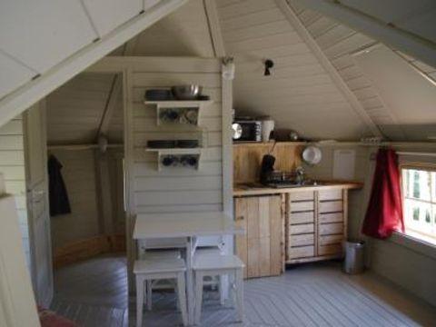 Domaine Les Roulottes et Cabanes du Livradois - Camping Puy-de-Dome - Image N°10
