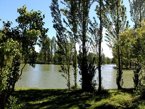 Camping Le Plan d'eau St Charles - Camping Tarn - Image N°20
