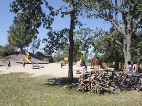 Résidence Le Petit Pont - Camping Gironde - Image N°5