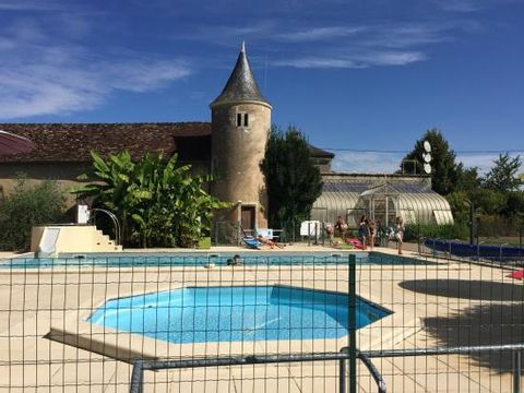 Camping Le Petit Trianon  - Camping Vienne - Image N°3