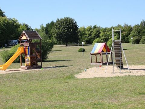 Camping Le Petit Trianon  - Camping Vienne - Image N°6