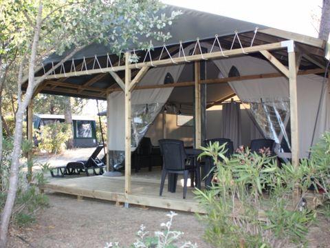 BUNGALOW TOILÉ 6 personnes - Tente extraluxe LG, 2 cabines sans sanitaires