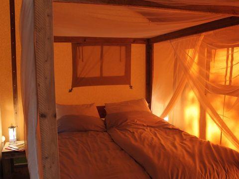 TENTE TOILE ET BOIS 5 personnes - Safari Laurier