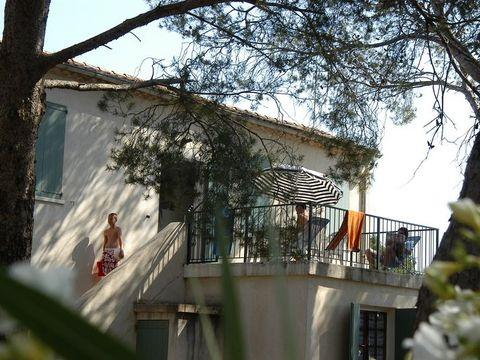 GÎTE 6 personnes - MADRAGUE (à l'étage)