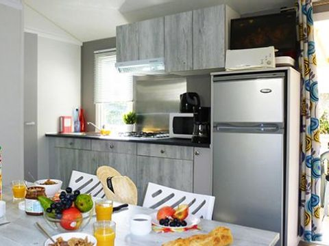 MOBILHOME 7 personnes - 2 Chambres