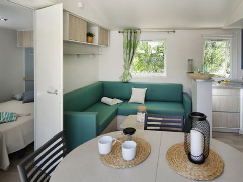 MOBILHOME 10 personnes - CONFORT