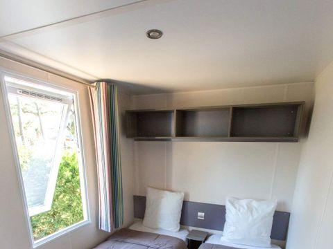 MOBILHOME 4 personnes - Type C, 2 chambres Terrasse intégrée + TV