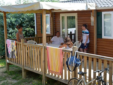 MOBILHOME 8 personnes - Feerique, 3 chambres 6 adultes maximim et 2 enfants