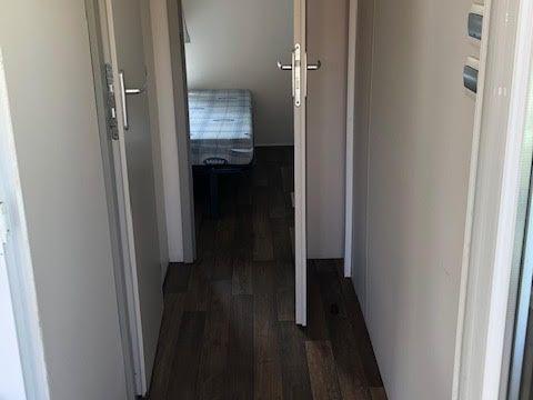 MOBILHOME 4 personnes - 2 chambres sans sanitaires cuisine extérieur