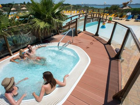 Camping Siblu Le Lac des Rêves - Funpass inclus - Camping Herault - Image N°4