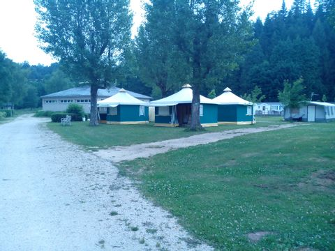 Camping Le Lignon - Camping Haute-Loire - Image N°2