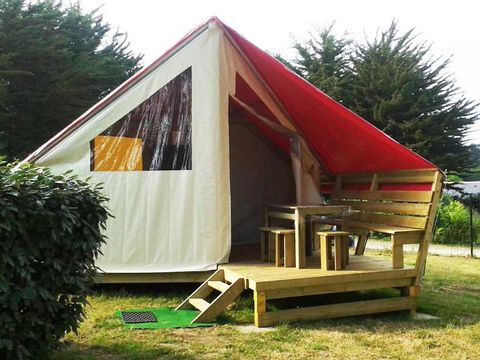 TENTE 5 personnes - Eco Lodges SANS SANITAIRE