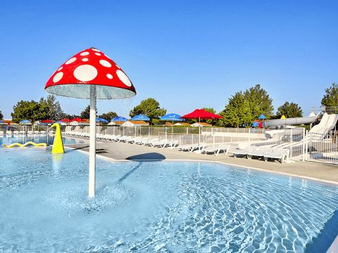 Flower Camping Les Ilates - Camping Charente-Maritime - Image N°4