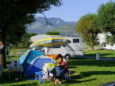 Camping Le Vieux Berger - Camping Hautes-Pyrenees - Image N°4