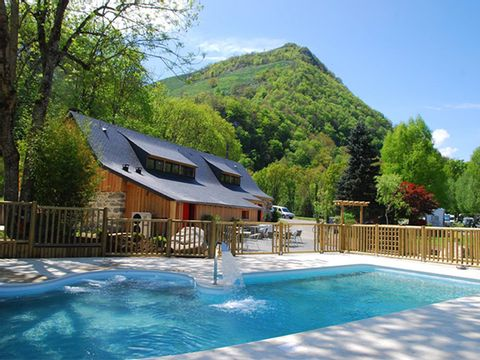 La Forêt - Camping Sites et Paysages - Camping Hautes-Pyrenees