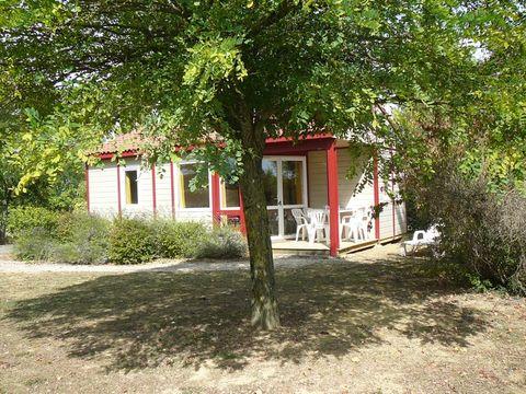 Parc Résidentiel de loisirs Les Chalets des Mousquetaires - Camping Gers - Image N°14