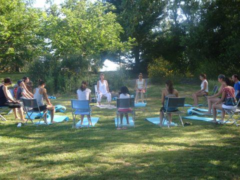 Parc Résidentiel de loisirs Les Chalets des Mousquetaires - Camping Gers - Image N°7