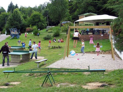 Camping Le Balcon De Chartreuse - Camping Isere - Image N°4