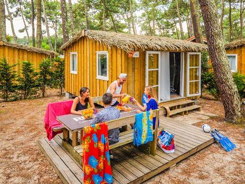 BUNGALOW 4 personnes - Cabane Bois 2 chambres