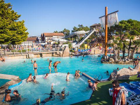 Camping Village Resort et Spa Le Vieux Port - Camping Landas - Image N°2