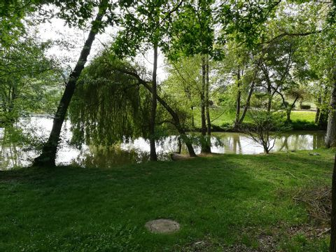 Ile du Pont - Camping Paradis - Camping Gers - Image N°25