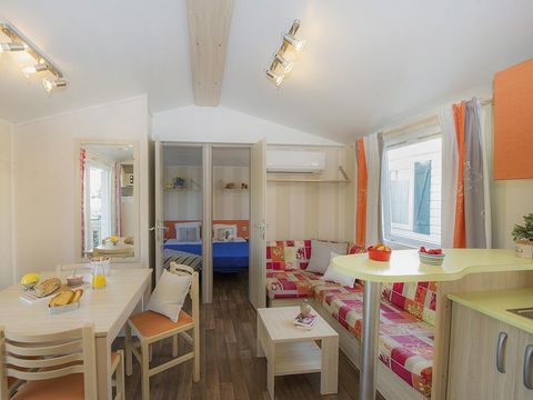 MOBILHOME 6 personnes - (H6P3)
