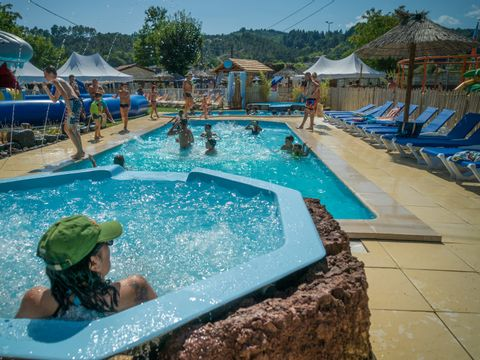 Family des Issoux - Camping Paradis - Camping Ardeche
