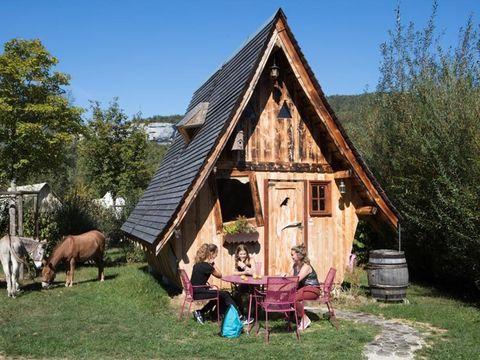 HÉBERGEMENT INSOLITE 4 personnes - Faerie Cottage