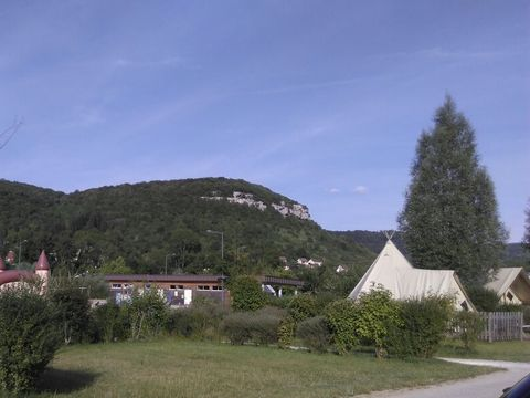 La Roche d'Ully - Camping Sites et Paysages - Camping Doubs - Image N°9