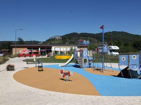La Roche d'Ully - Camping Sites et Paysages - Camping Doubs - Image N°6