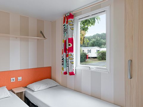 MOBILHOME 6 personnes - COSY Climatisé 3 chambres (I63C)