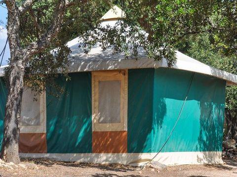 BUNGALOW TOILÉ 5 personnes - BENGALI sans sanitaires (samedi)