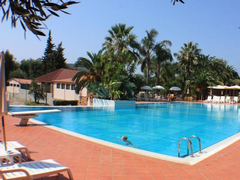 Camping Residence Trivento - Camping Salerne - Image N°3