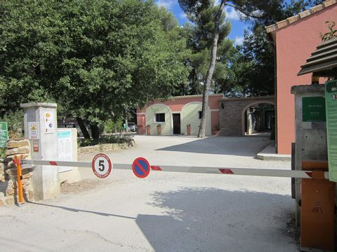 Camping Le Devancon - Camping Bouches-du-Rhone - Image N°12