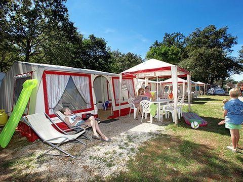 BUNGALOW TOILÉ 6 personnes - Bungalow Tent (AT) sans sanitaires