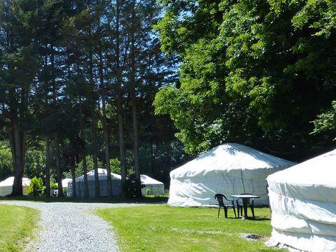 Camping Le Village de Yourtes - Camping Côtes-d´Armor - Image N°2