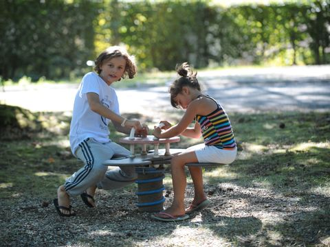 Camping Hurongues - Camping Rhône - Image N°8