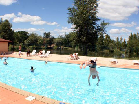 Camping les Sablons - Camping Puy-de-Dome - Image N°2