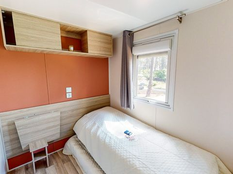 MOBILHOME 8 personnes - 3 chambres - 146