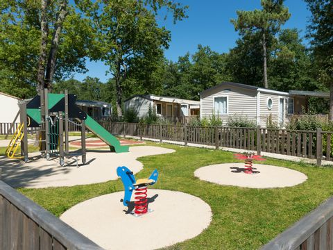 Camping Les Chèvrefeuilles  - Camping Charente-Maritime - Image N°6