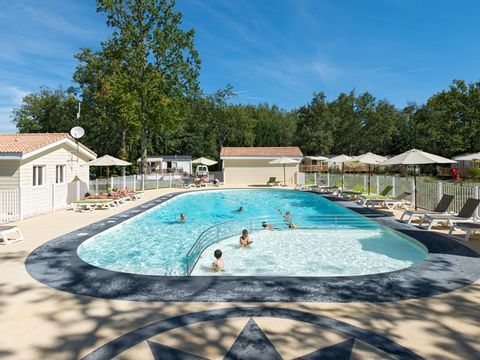 Camping Les Chèvrefeuilles  - Camping Charente-Maritime - Image N°2