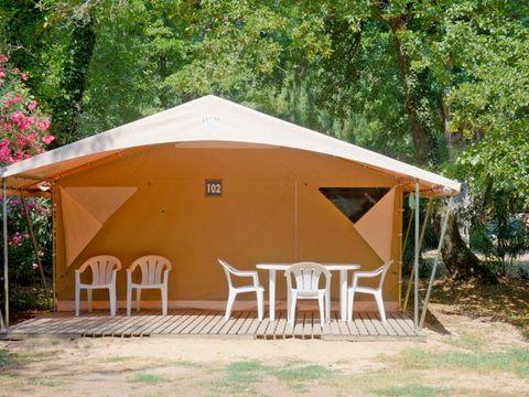 BUNGALOW TOILÉ 5 personnes - 2 chambres - sans sanitaires
