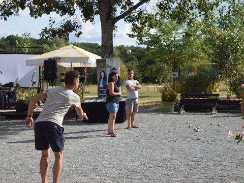 Camping Les Etangs du Plessac - Camping Paradis - Camping Dordogne - Image N°12