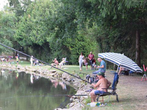 Camping Les Etangs du Plessac - Camping Paradis - Camping Dordogne - Image N°6