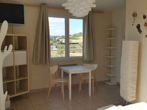 CHAMBRE 2 personnes - LOCATION LAURANNE 2 PERS