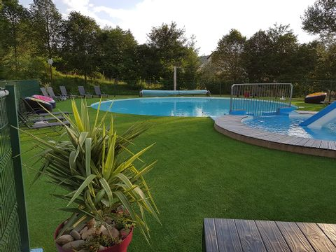 Camping Le Saint Eloy - Camping Puy-de-Dome - Image N°2